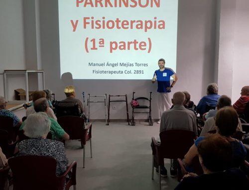 Ciclo de charlas sobre Parkinson y fisioterapia en Centro de Día Abastos