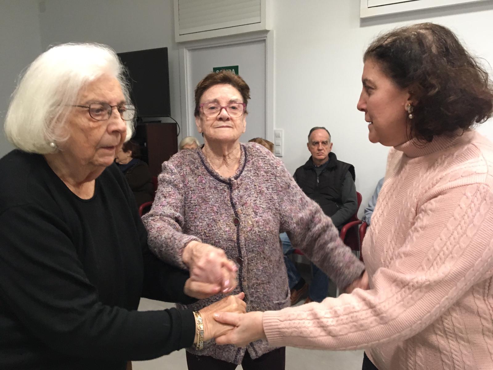 baile y música en centro de día ancianos abastos