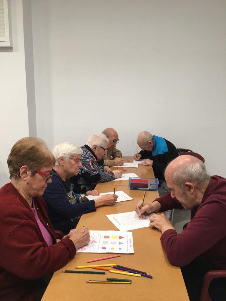 taller escritura centro de día ancianos abastos